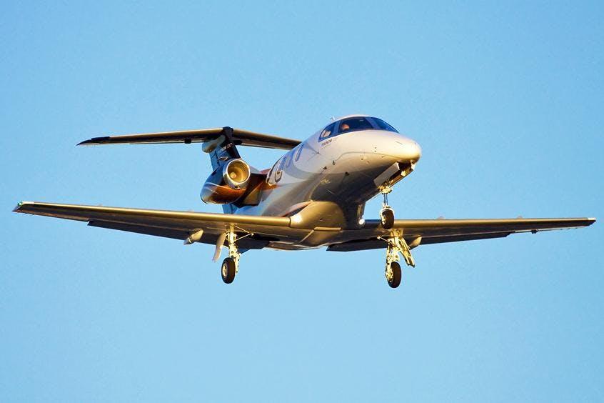 Embraer-Phenom-100-PrivateFly-AB1003