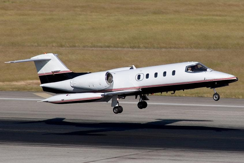 Learjet-35A-PrivateFly-AB1046
