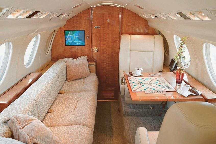 Falcon-50-50EX-PrivateFly-AA9721