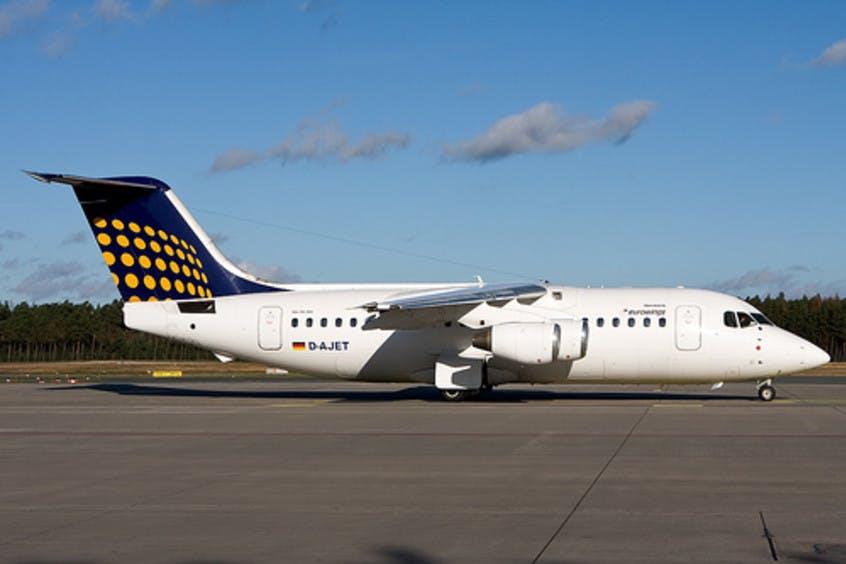 BA146-200-Avro-RJ85-PrivateFly-AA6040