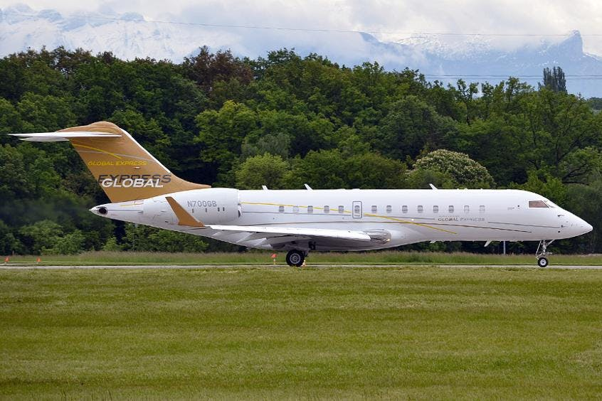 Bombardier-Global-Express-PrivateFly-AA9555