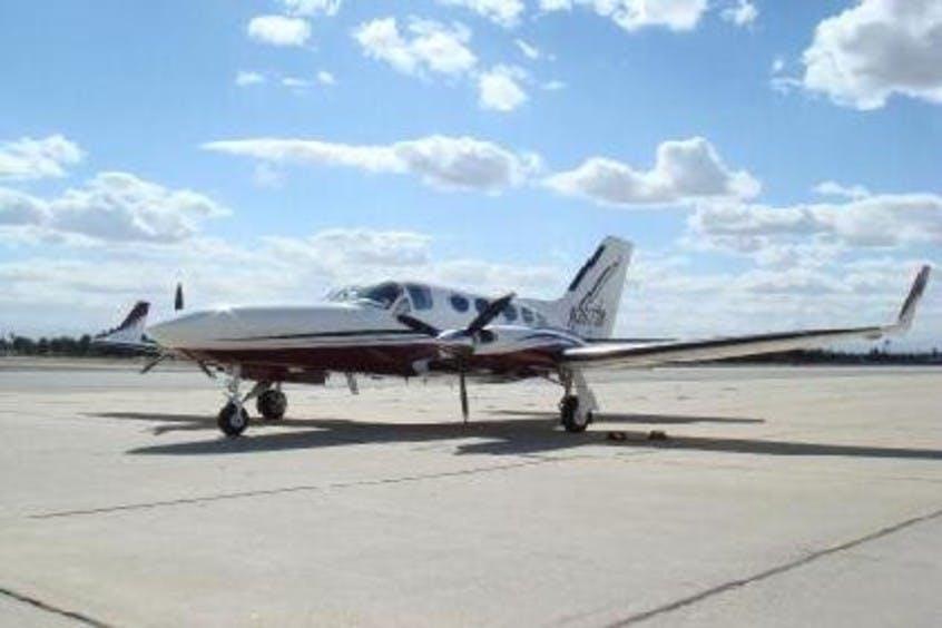 Cessna-C414-Chancellor-PrivateFly-CC-AA3670