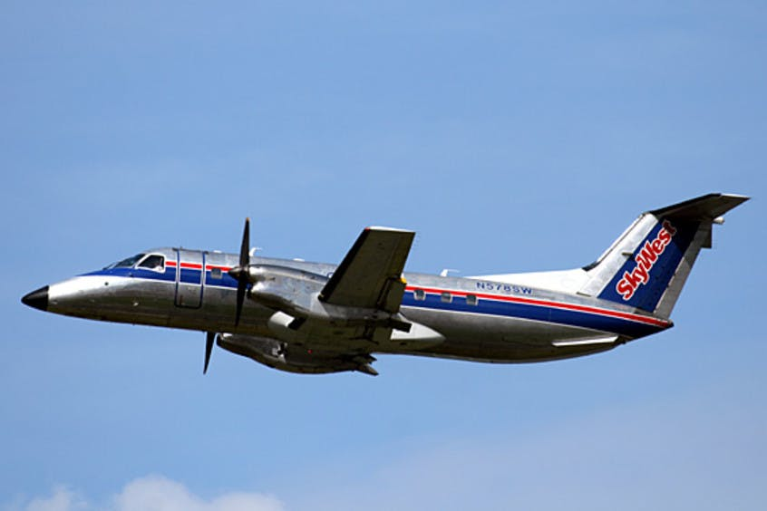EMB-120-Brasilia-PrivateFly-AA1543