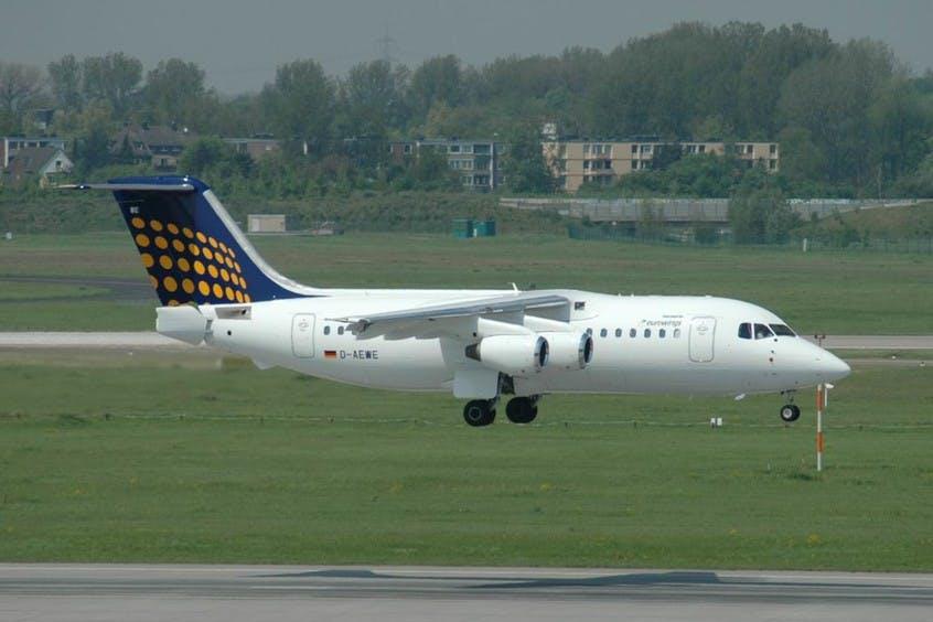 BA146-200-Avro-RJ85-PrivateFly-AA6039