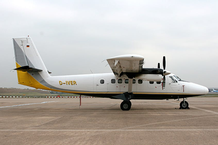 De-Havilland-DHC-6-Twin-Otter-PrivateFly-AA5877