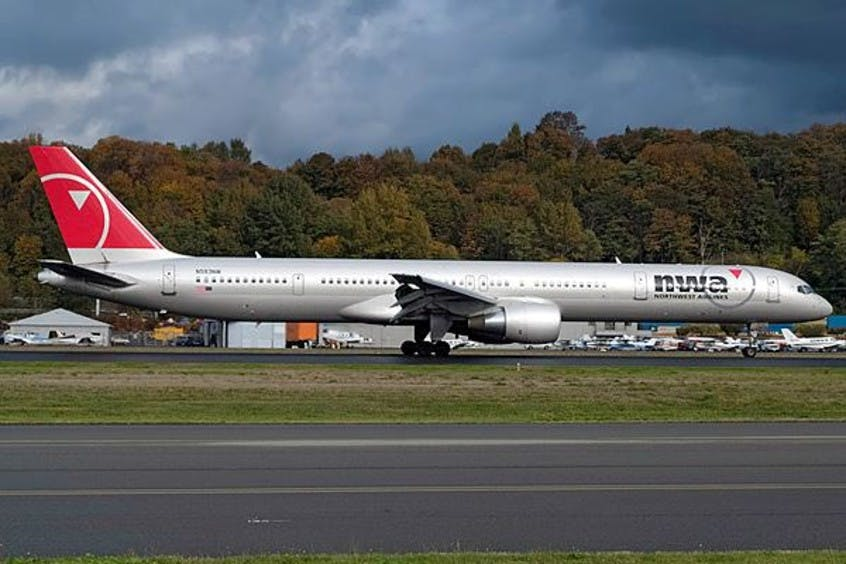 Boeing-757-300-PrivateFly-AA1646