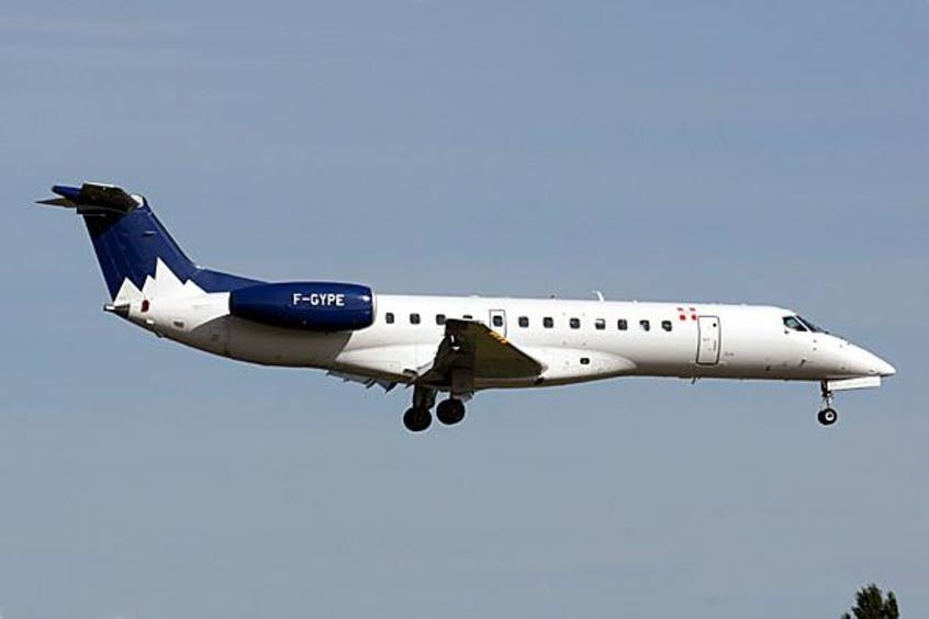 EMB-135-PrivateFly-AA1485