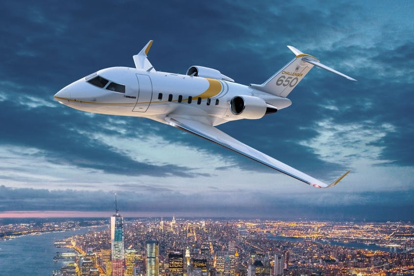 Challenger-650-PrivateFly-AB9916