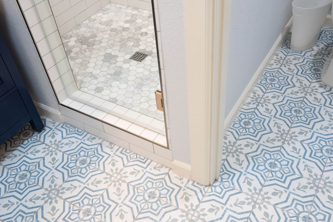 Scottsdale addition bathroom floor tile