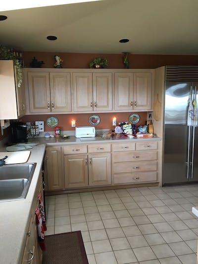 Everett kitchen cabinets before