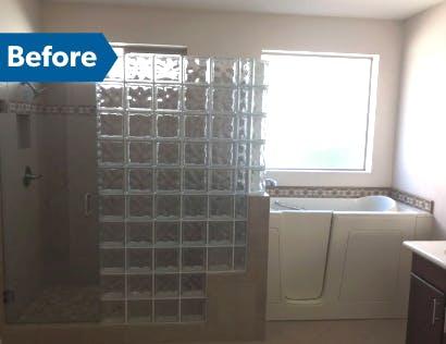 Before - Goodyear bathroom remodel