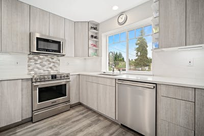Edmonds townhouse kitchen remodel