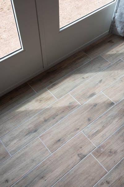 Scottsdale addition bedroom tiles