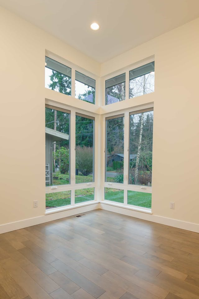 South Rose Hill New Home Construction – Floor-to-ceiling windows
