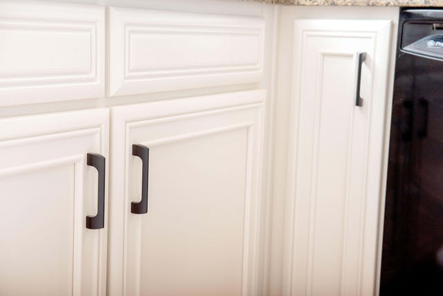Scottsdale kitchen cabinet