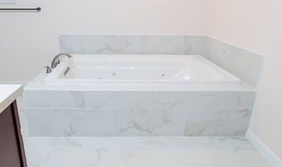 Bellevue addition bathtub