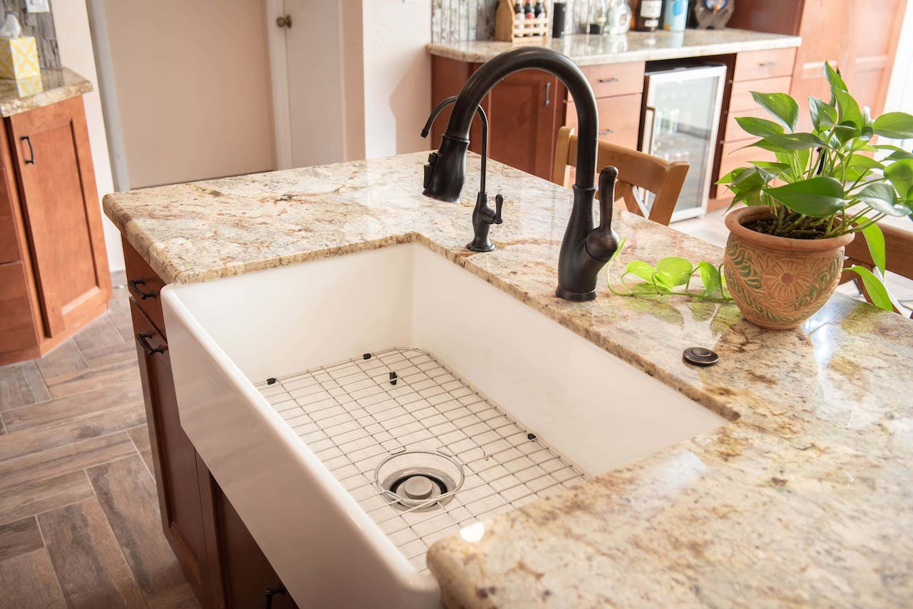 Glendale kitchen remodel apron sink