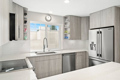 Edmonds townhome kitchen remodel U-shaped