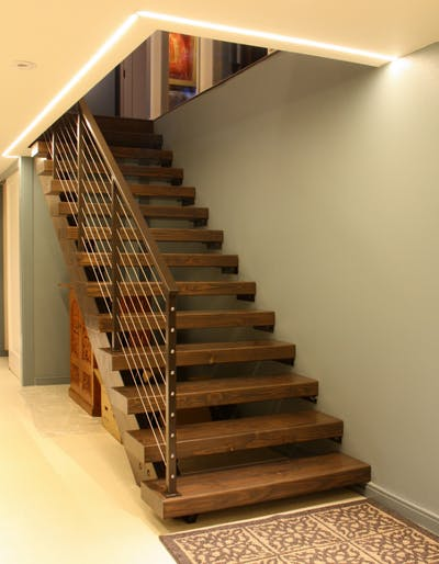 Kirkland basement stairs