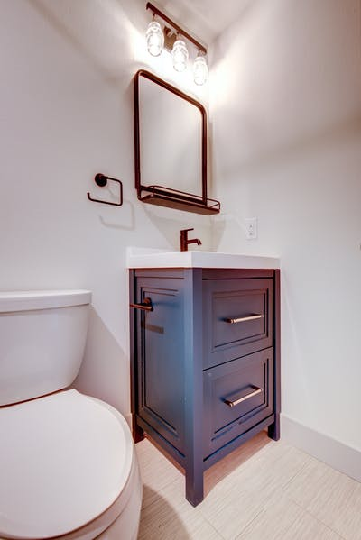 Hampden South copper bathroom toilet and vanity