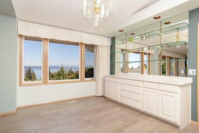Everett dining room remodel