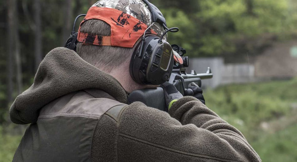 Guide: Experten tipsar: 8 saker att tänka på när du väljer hörselskydd för jakt och skytte