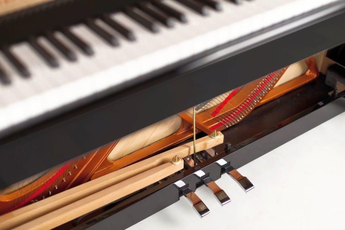 Feurich 122 Universal rechte piano