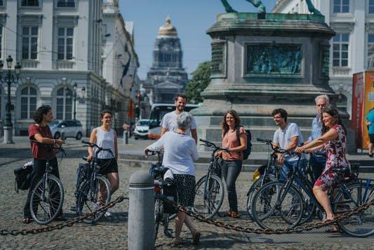 pro_velo_bike_bicycle_riding_tour