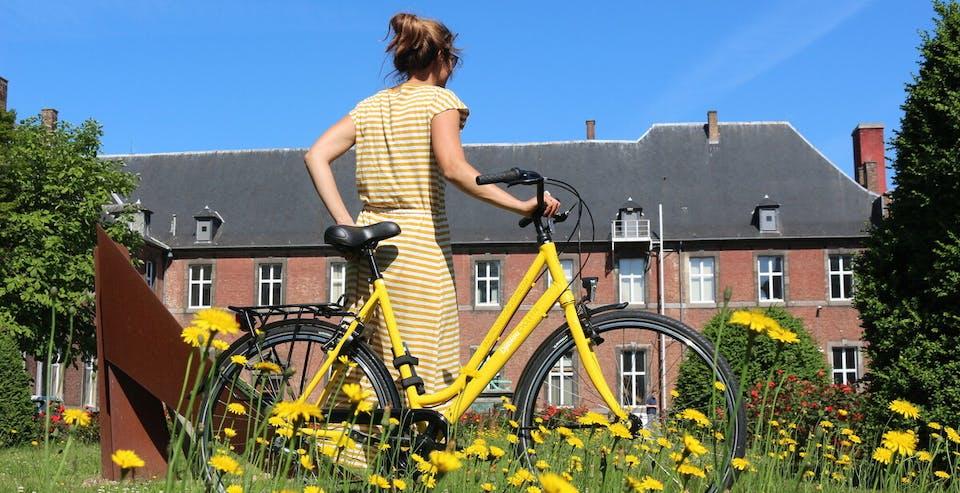Rencontre d'une femme qui aime le vélo
