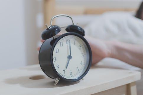 Warum bin ich so müde? Ständig müde trotz genügend Schlaf