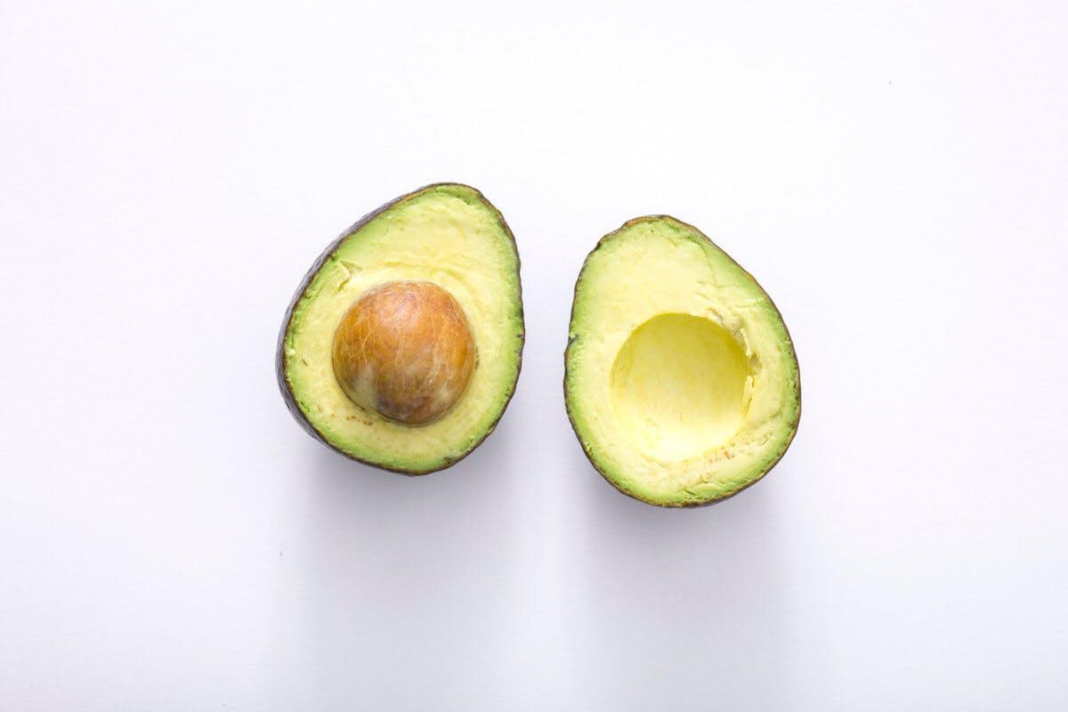 Cholesterin und Fettstoffwechsel: Gute Fette finden sich in der Avocado