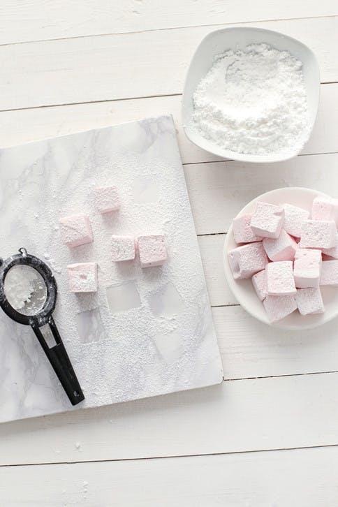 Marshmallows und Zucker