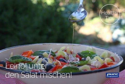 leinöl-unter-den-salat-mischen_tipp
