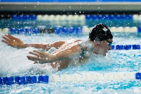 Topathleten beim Swim Cup in Lausanne
