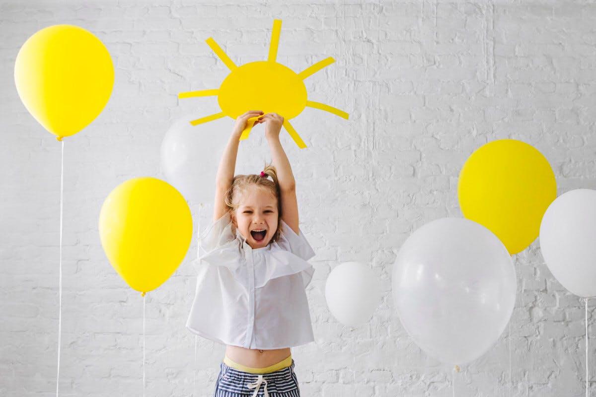 Zeit an der frischen Luft macht Kinder und Eltern glücklich