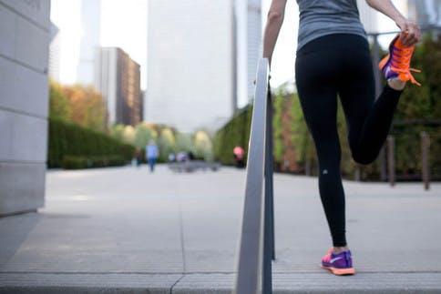 Zum Laufen gehört auch das Dehnen der Muskeln