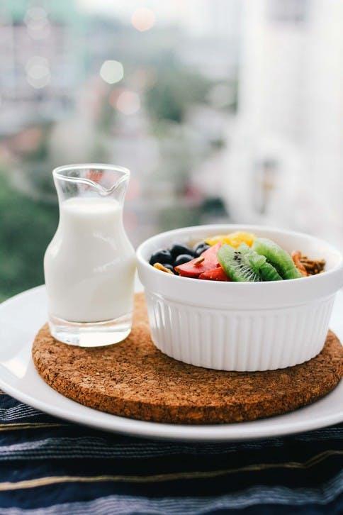 Was ist bei Unverträglichkeiten und Intoleranzen gegenüber Nahrungsmitteln zu beachten?