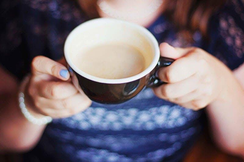 Kaffee mit Milch bei Lactoseintoleranz - Tipps bei Nahrungsmittelunverträglichkeiten