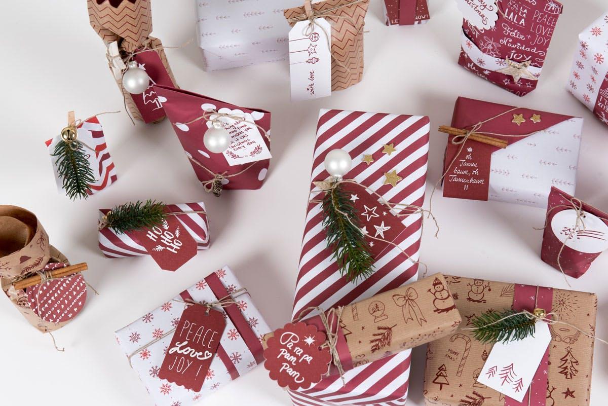 bunte Geschenke für die Weihnachtszeit