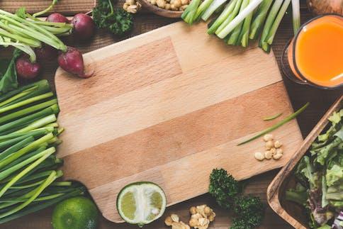 Mikronährstoffe: Die wichtigsten Vitamine, Mineralstoffe und Spurenelemente in unserer Nahrung
