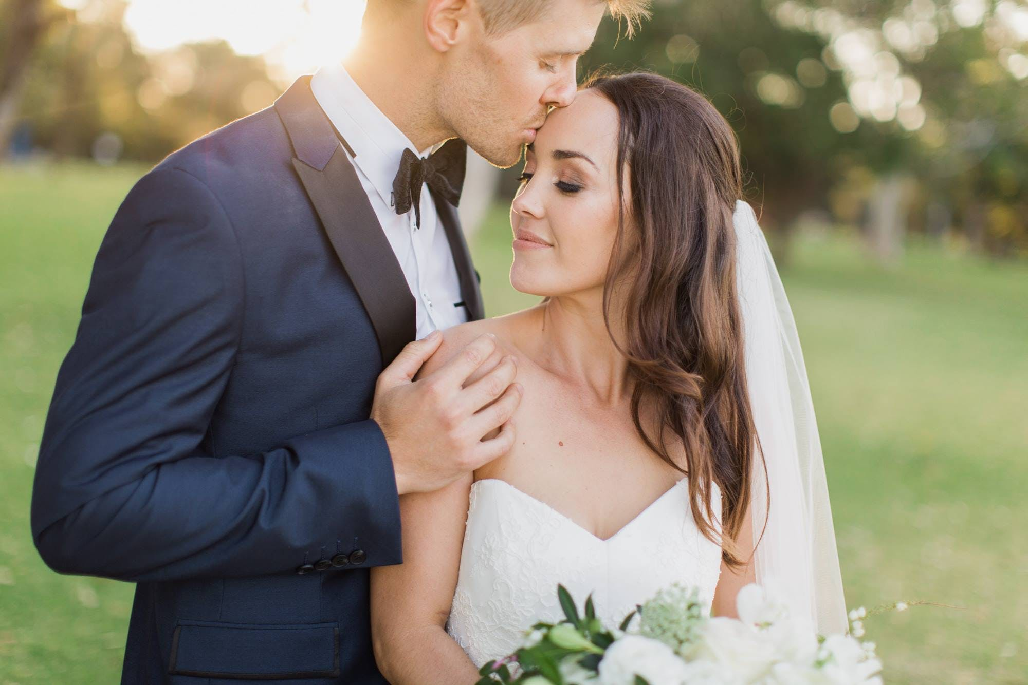 Outsourcing your photo editing as a wedding photographer to save time