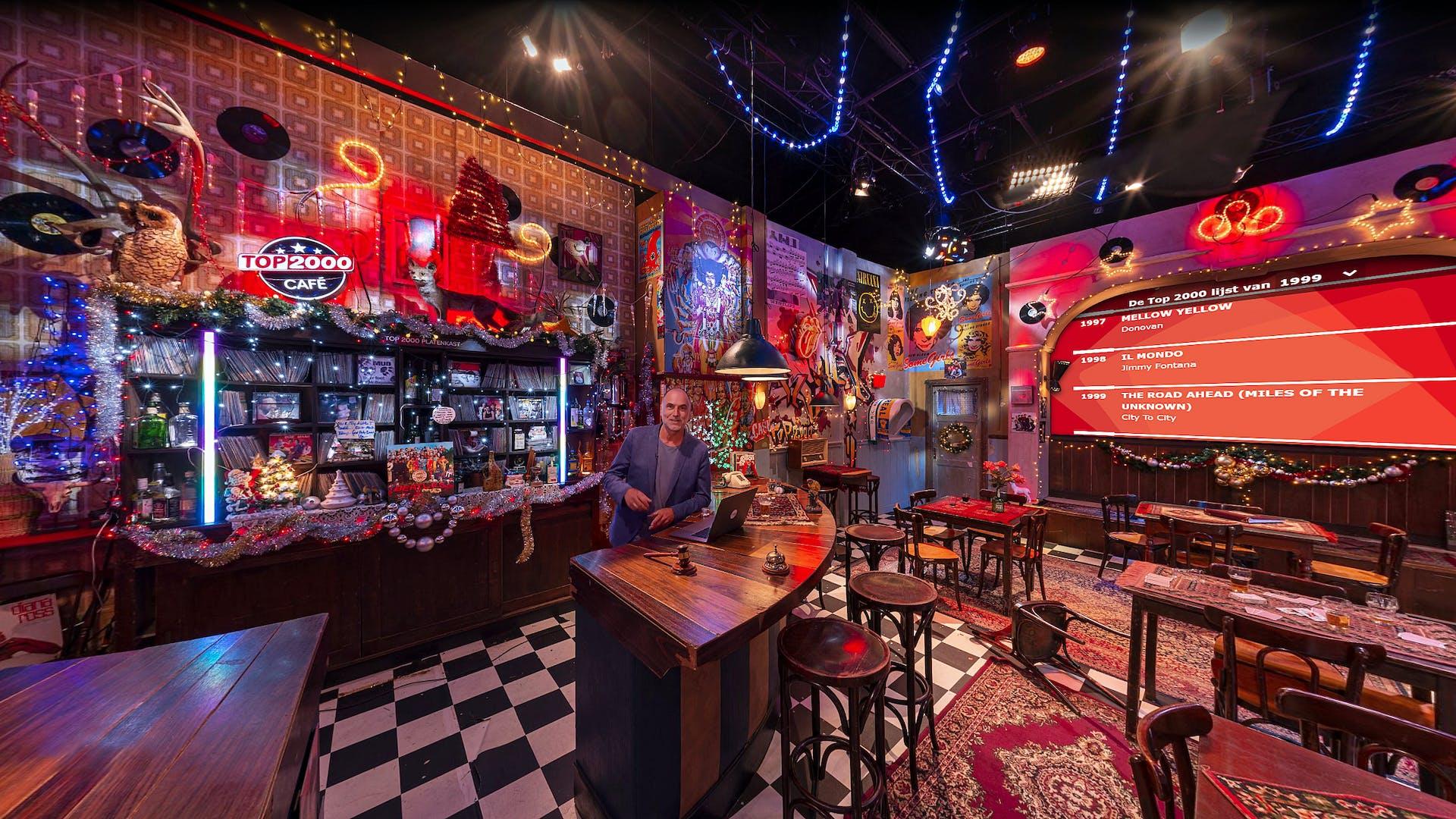 Leo Blokhuis in het Top 2000 online café