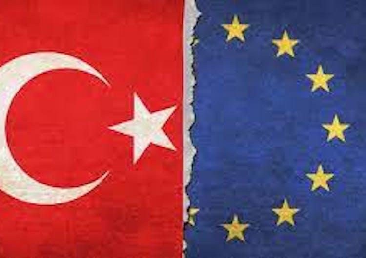 Faux-pas protocolaire en Turquie