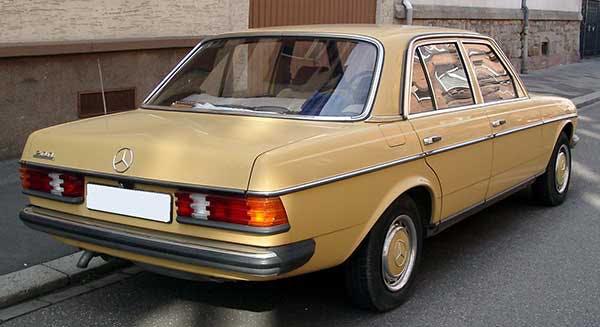 Limousine W123