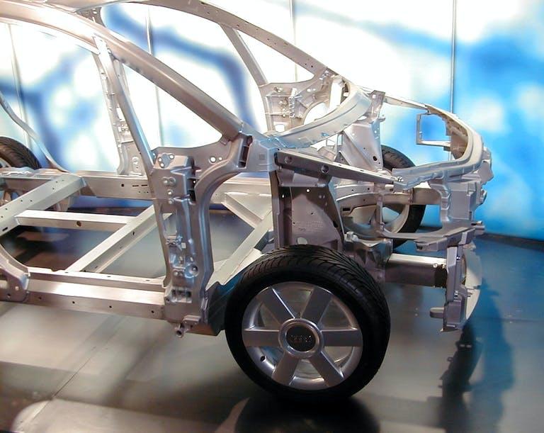 Audi A2 Space Frame Technik - Serienteil erstmalig auf der IAA 1999 präsentiert.
