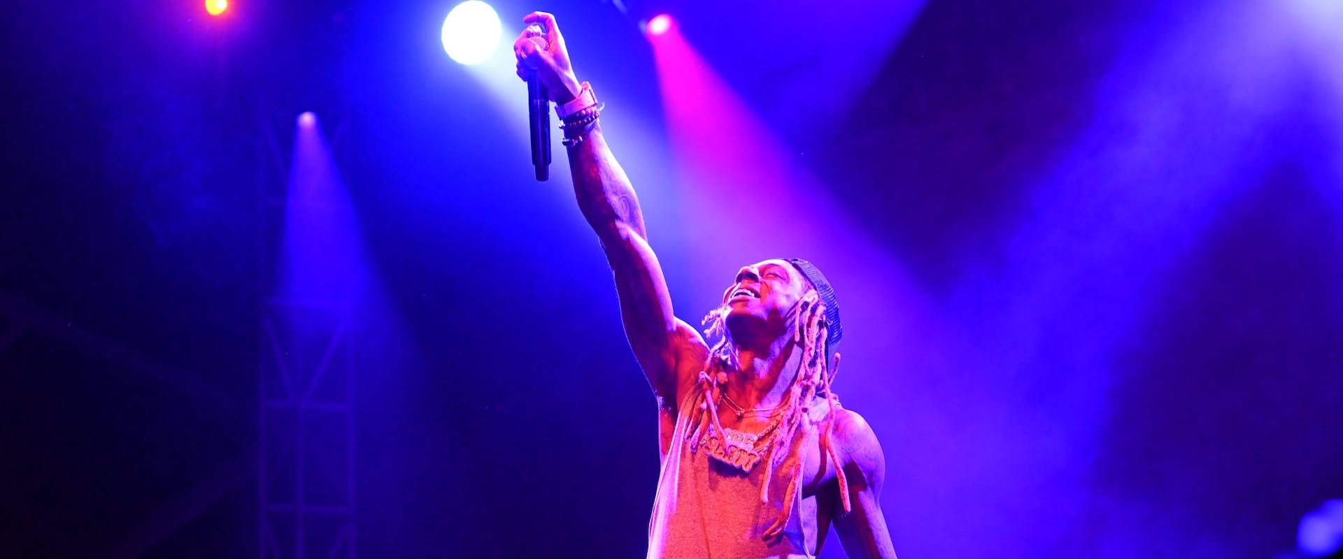 Lil Wayne Performing At One MusicFest