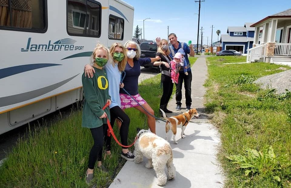 Business Insider: RV Owners are Donating Their Mobile Homes to Healthcare Workers Who Need Them