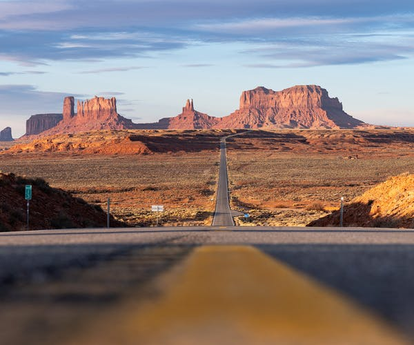 Utah horizon with mesas & blue skys.