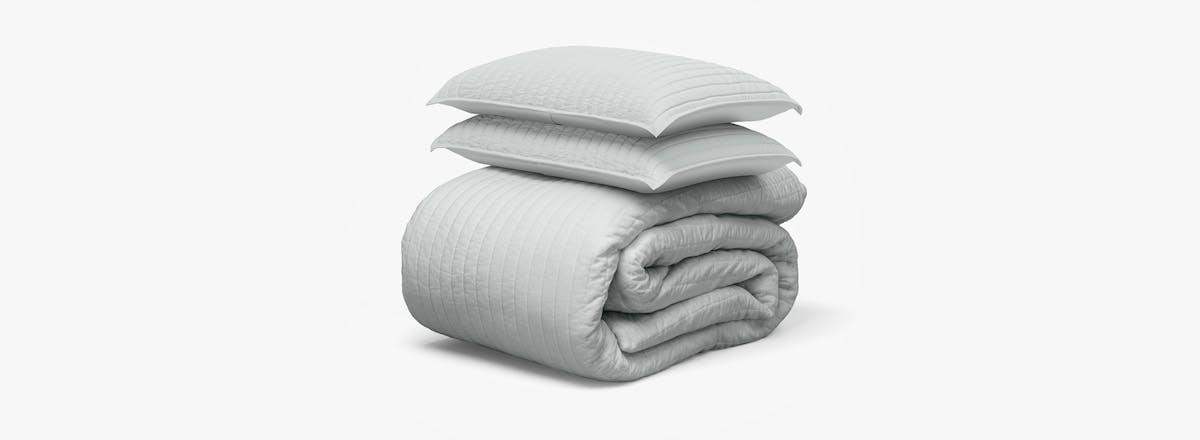 saatva cotton quilt