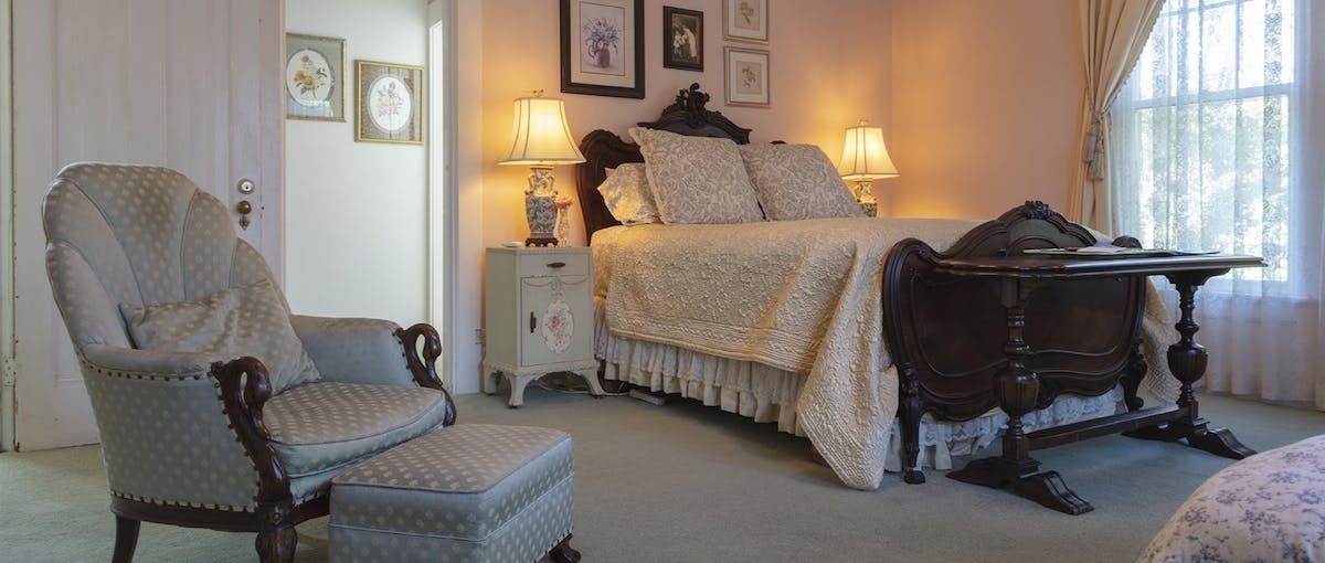 saatva mattress in bissel house bed and breakfast